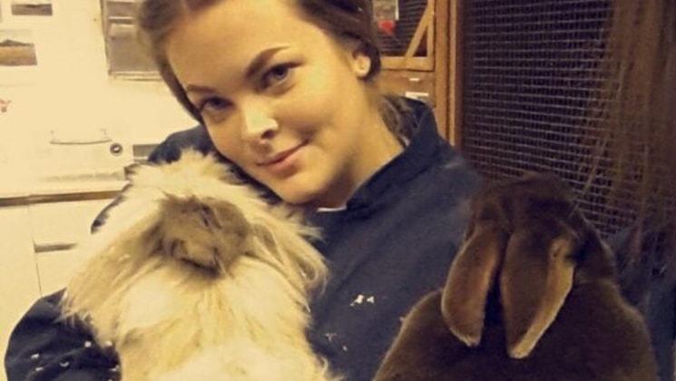 Hannah in Bristol back image