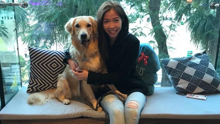 Vanessa in Hongkong back image