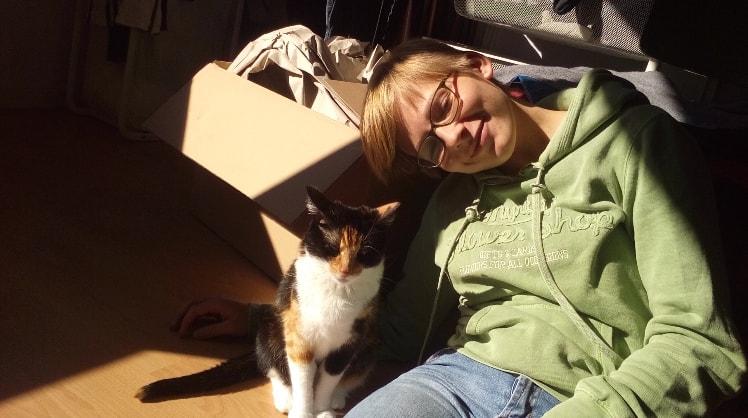 Janina And Felix in Reading back image