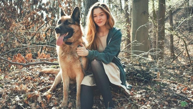 Lydia in Den haag back image