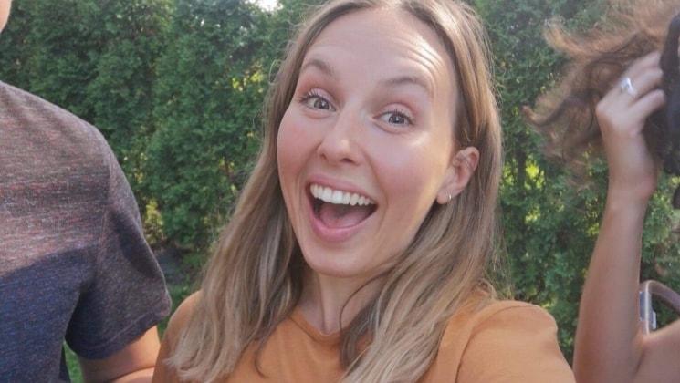 Marie-Stephanie in Montréal back image