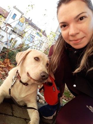 Emanuela in Brussels back image
