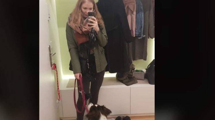 Emma in Wien back image