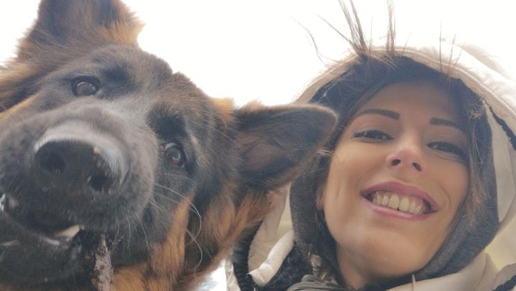 Francesca in London back image